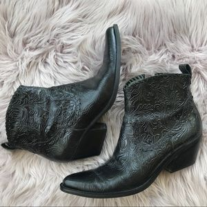 40db4fa627d Gianni Bini Ankle Black Embossed Cowboy Boots